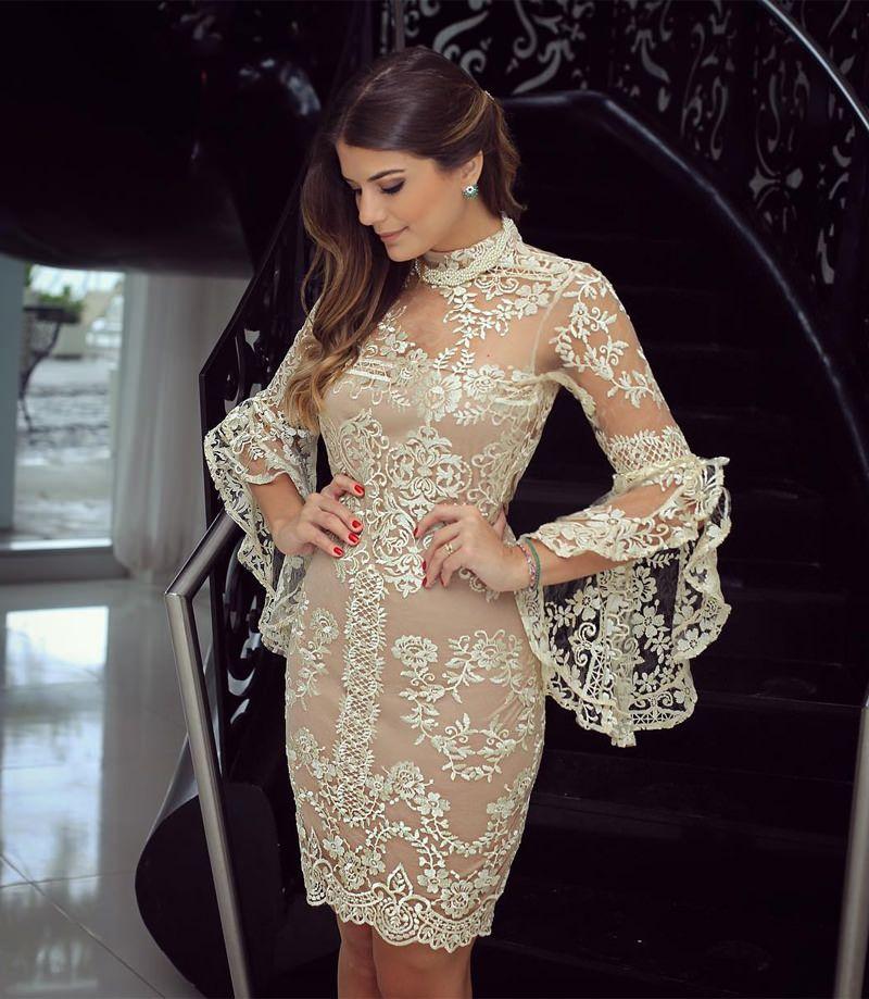 c823a37c2 Quando o assunto é casamento civil, muitas noivas se deparam com uma dúvida  comum: o que vestir? O vestido perfeito para essa ocasião é livre de  exageros,