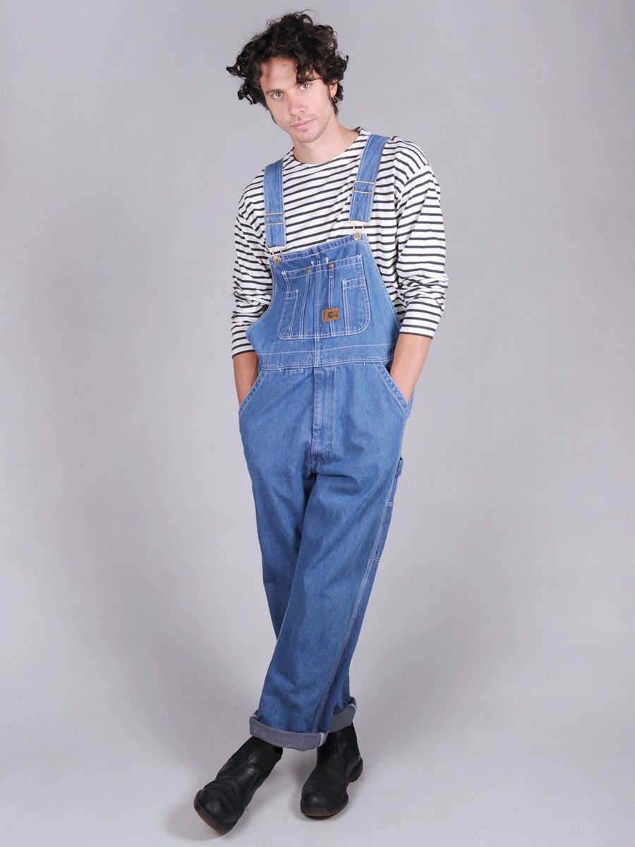 If you're an overall junkie, we've got the latest styles of mens fashion overalls, from retro ripped denim to convertible jogger overalls. Of course, these designer overalls for men are available in your favorite pant cuts – skinny, slim, tapered and more!