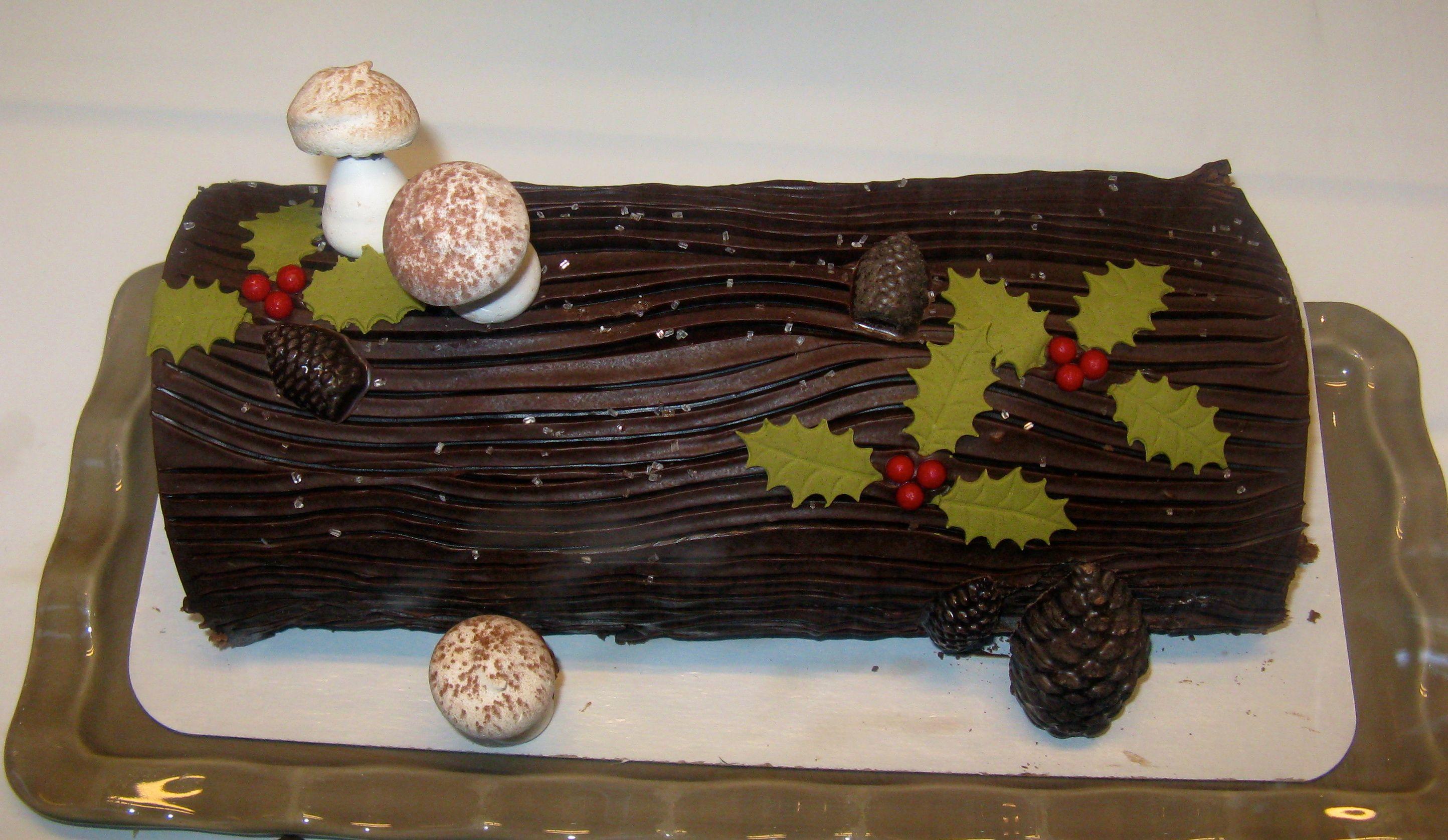 Buche de noel yule log cake bakery