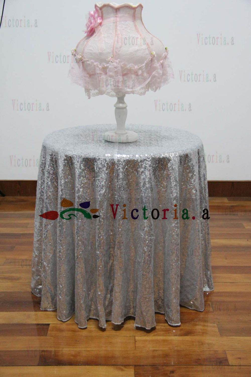 Superior 60 Inch Round Silver Sequin TableCloth Wedding Beautiful Silver Sequin Table  Cloth / Overlay /Cover