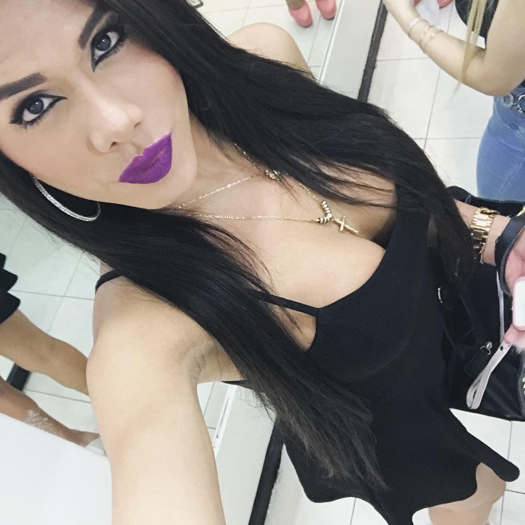 A sexy shemale in purple underwear masturbates 9