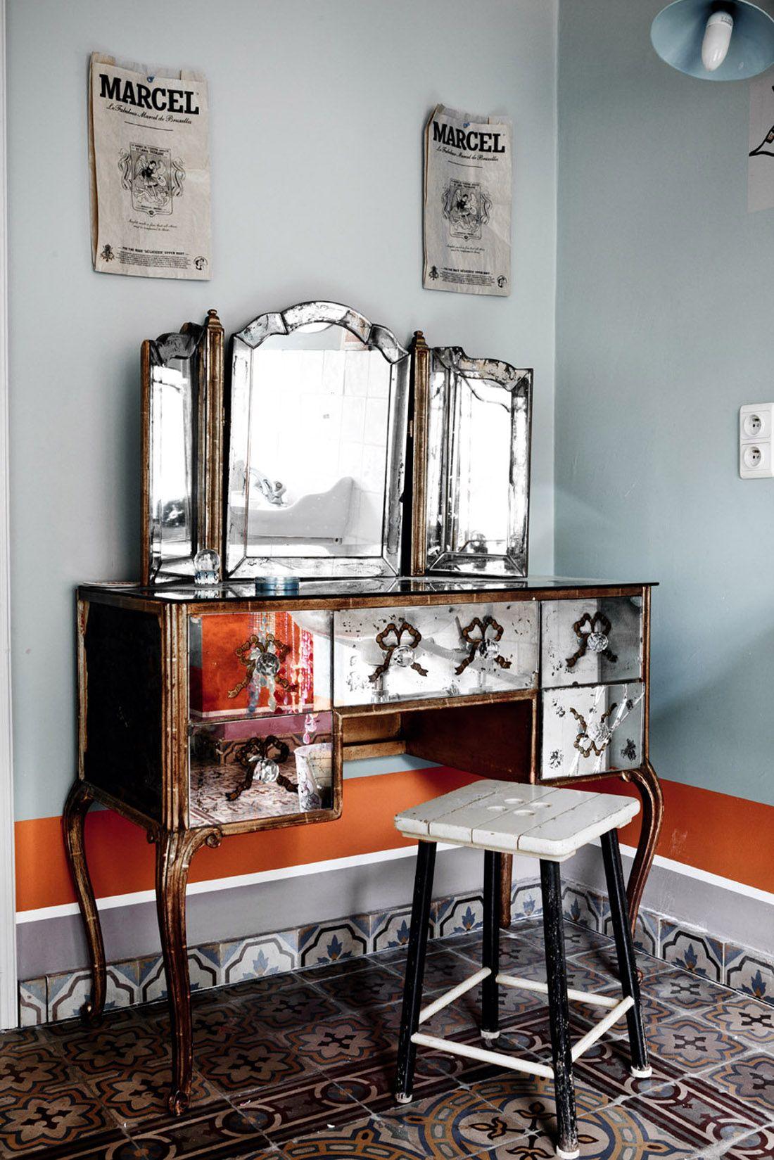 gorgeous mirrored vanity bruxelles instinct de liberte la maison de lionel jadot