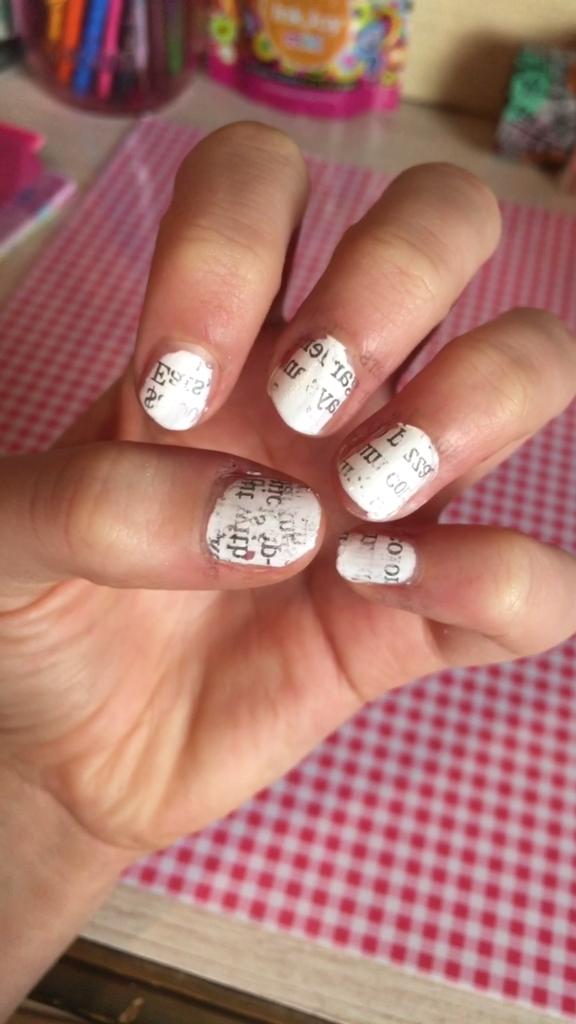 DIY Newspaper Nail Art | Nail Designs | Pinterest | Newspaper nail ...