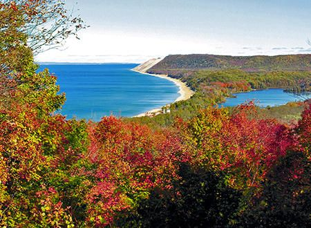 Best Spots For Fall Color Fall Vacations Traverse City Fall Colors