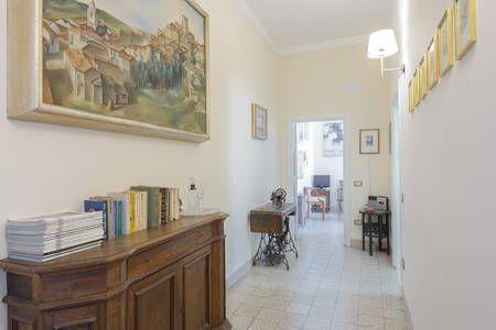 Dai un'occhiata a questo fantastico annuncio su Airbnb: Vaticano a un passo comodo luminoso - Appartamenti for Rent a Roma