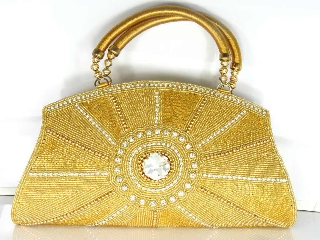 Looking for designer or top quality handbags 30417f05598b5