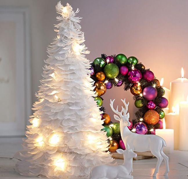 Christmas tree made of paper Looks like feathers Christmas Ideas - christmas decor pinterest