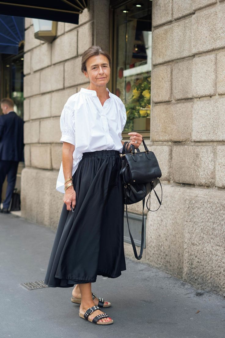 Photo of The Latest Street Style From Paris Fashion Week