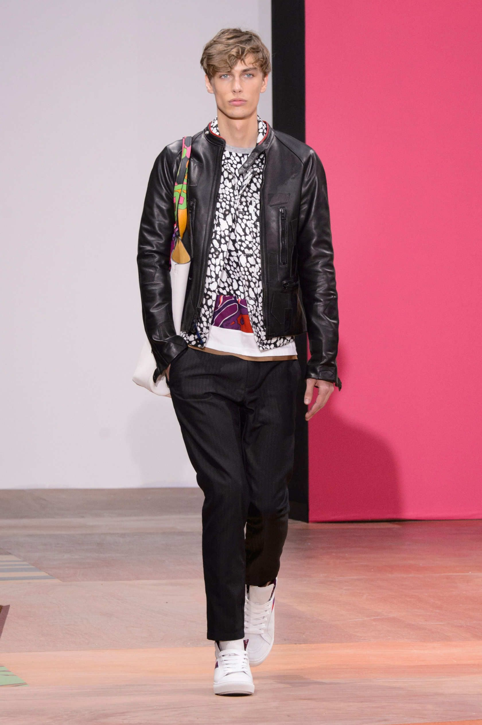 Pin on Mans runway collection 20.