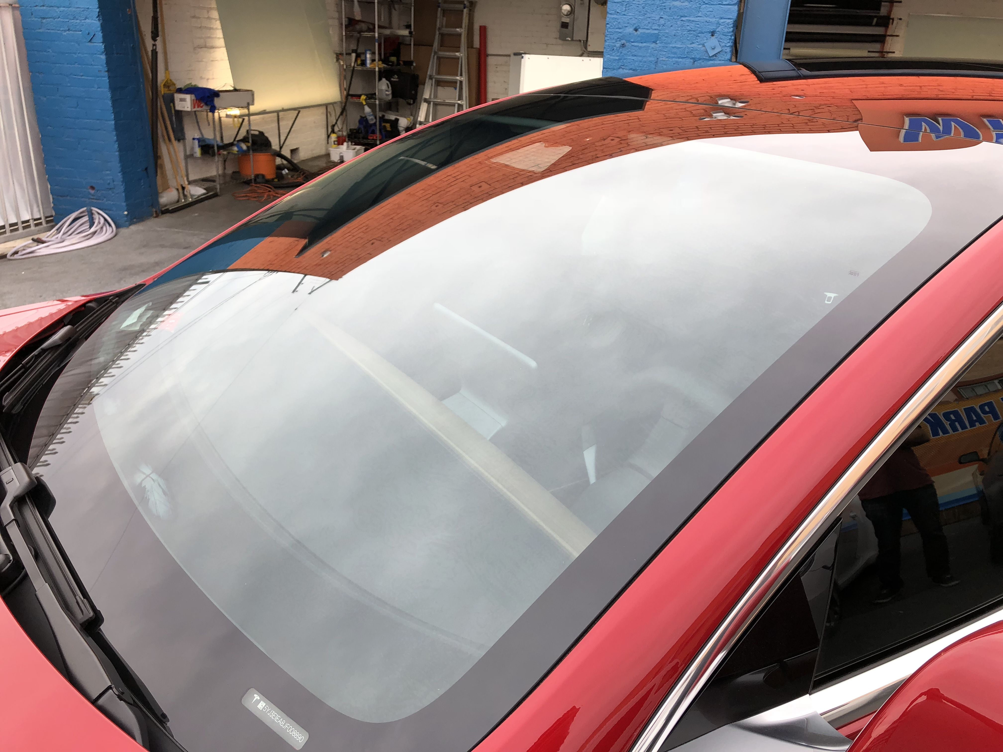 Huper Optik Ceramic Tint 70 Applied To The Windshield Of This Tesla Model 3 Tinted Windows Tints Los Angeles