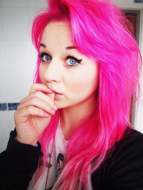 cherise pink hair color for fall 2016 colour inspiration. Black Bedroom Furniture Sets. Home Design Ideas
