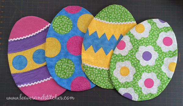 Diy Easter Decorations Easter Egg Placemat Tutorial