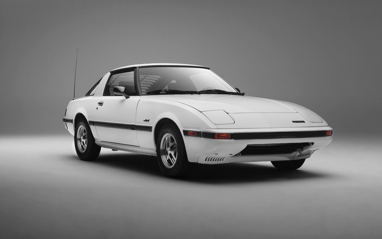 1979-1985 Mazda RX-7 Buyers Guide - Motor Trend Classic