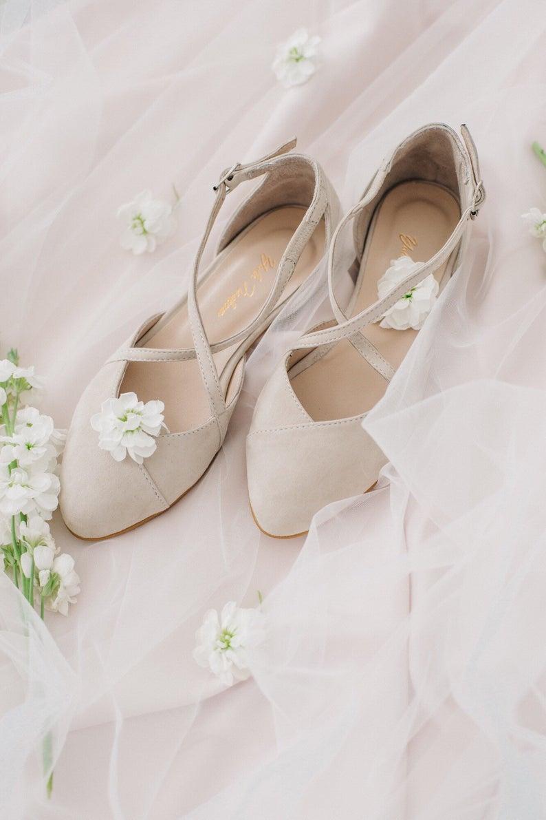 Wedding Shoes Beige Wedding Shoes Bridal Ballet Flats Etsy In 2021 Bridal Ballet Flats Bride Shoes Bridal Shoes Flats