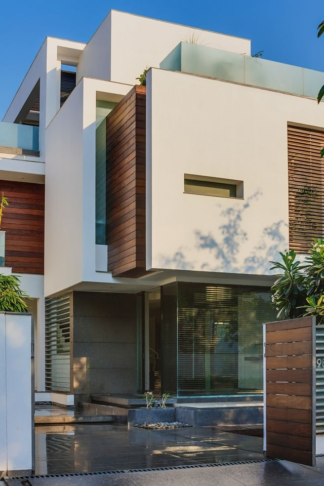 Asian Dream Home With Perfect Modern Interiors New Delhi India Modern Architecture House Architecture Design Architecture