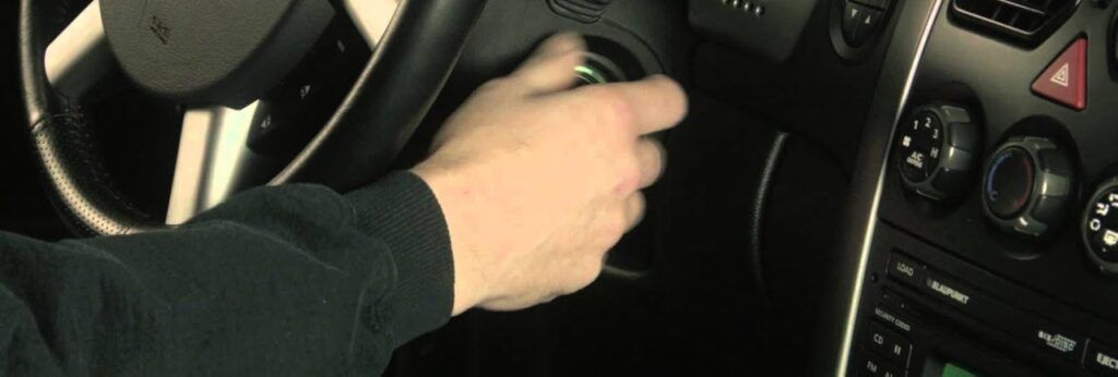 how to open nissan leaf key fob
