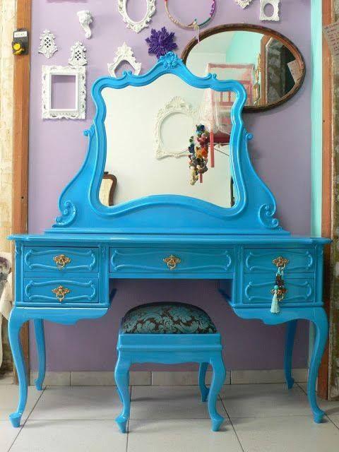 Bunte Möbel, Bemalte Möbel, Ausgefallene Möbel, Schminktisch, Mädchen  Schlafzimmer, Selbstgebautes Schlafzimmer, Schlafzimmer Ideen, Mädchen  Eitelkeit, ...