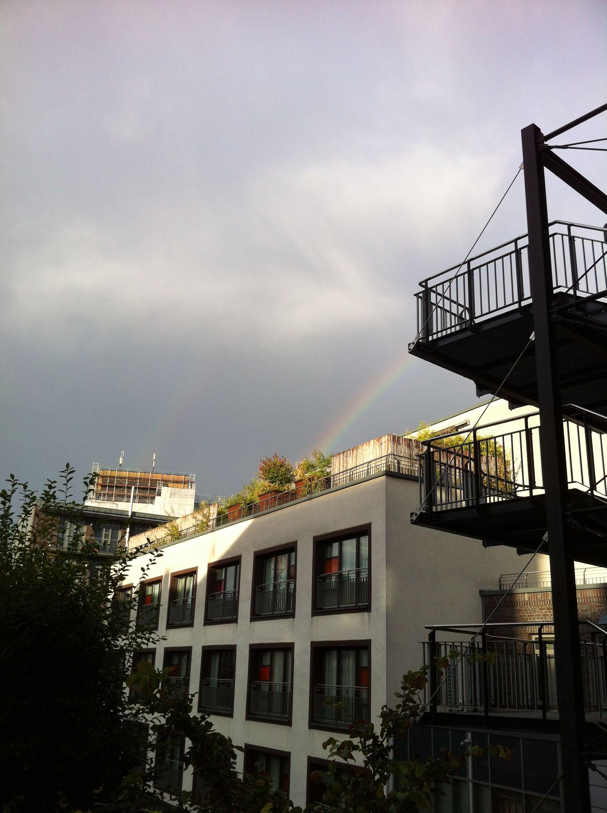 """Regenbogen über der """"Perle"""" während des Digital Marketing & Media Summits 2012 in Hamburg #d2m12"""