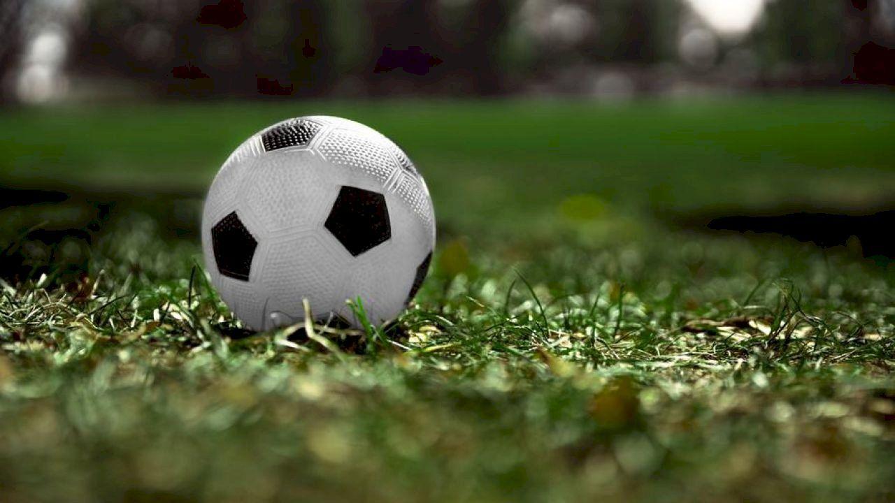 من اكتشف كرة القدم Soccer World Soccer Tshirts Soccer