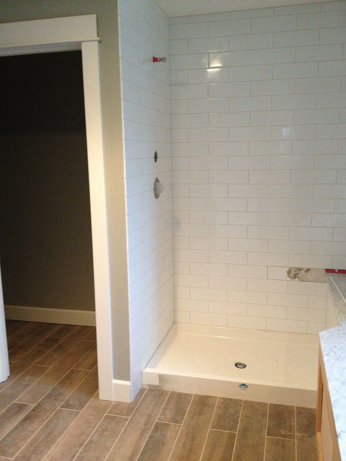 Home Decoration Simple White 4X12 Subway Tile Bathroom Wall Installation