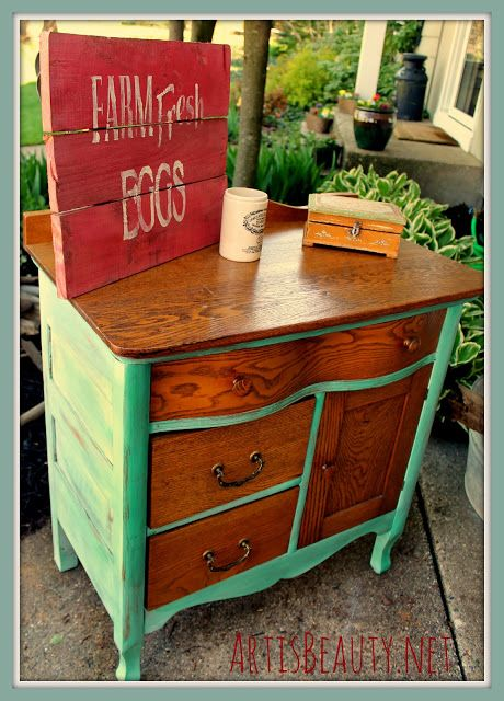 ART IS BEAUTY: Quick Commode Makeover--only paint sides and feet of dresser, leaving drawer fronts and top natural