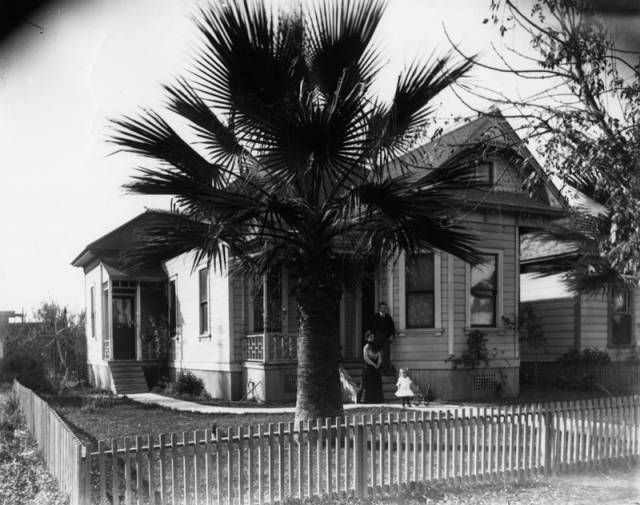 A Brief History Of The Iconic Bungalows Of L.A.: LAist