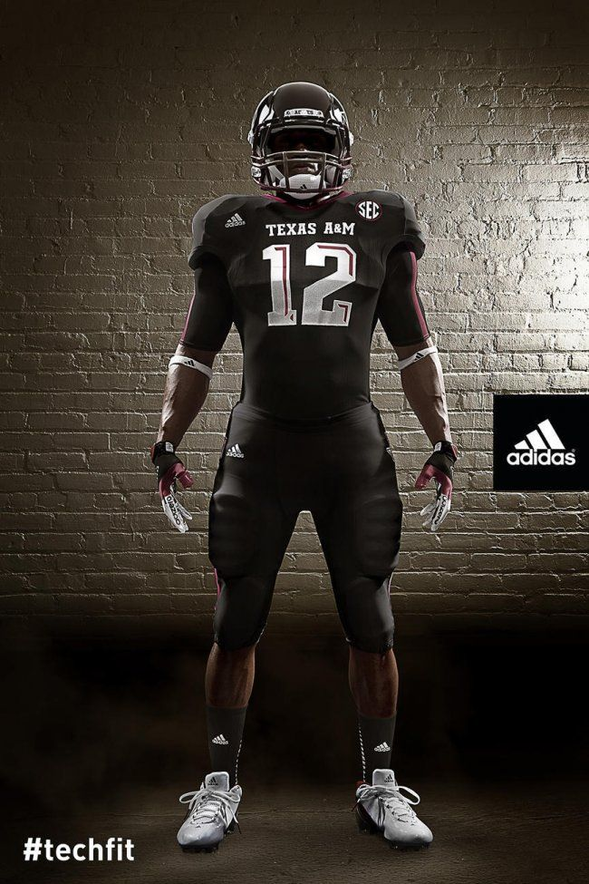 Texas A M Football Breaking Down Aggies New Uniforms Futbol Americano Nfl Deportes