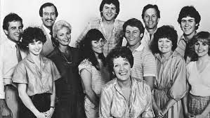 Sons and daughters - 1982-1987 Hamilton family who live in Sydney, and the Palmers, a working-class family from Melbourne.Angela Hamilton and John Palmer