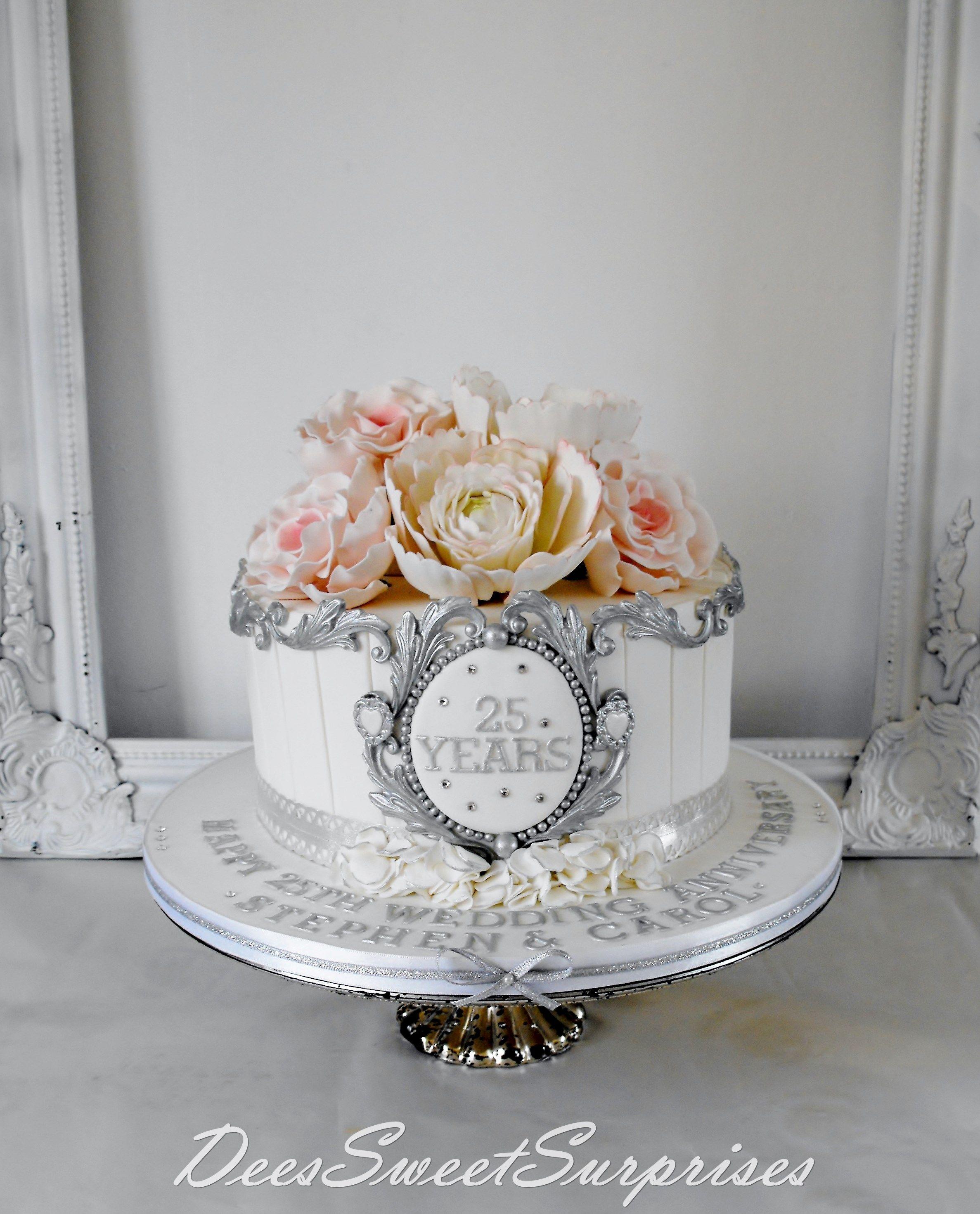 Silver wedding anniversary cake Wedding anniversary