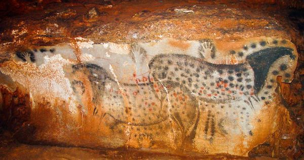 Women made most of the oldest-known cave art paintings, suggests a new analysis of ancient handprints. Most scholars had assumed these ancient artists were predominantly men, so the finding overturns decades of archaeological dogma.  Archaeologist Dean Snow of Pennsylvania State University analyzed hand stencils found in eight cave sites in France and Spain. By comparing the relative lengths of certain fingers, Snow determined that three-quarters of the handprints were female.
