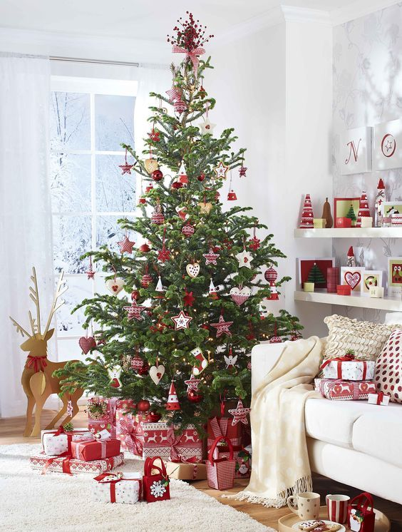 Scandinavian Inspired Red And White Christmas Tree Decor Is