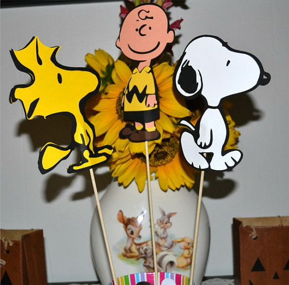 Charlie Brown Birthday Party Table Toppers Table by natebarn
