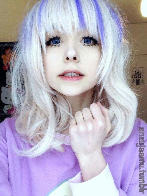 Anzujaamu Cosplay Girl Beautiful White Hair Purple Stripes Dark