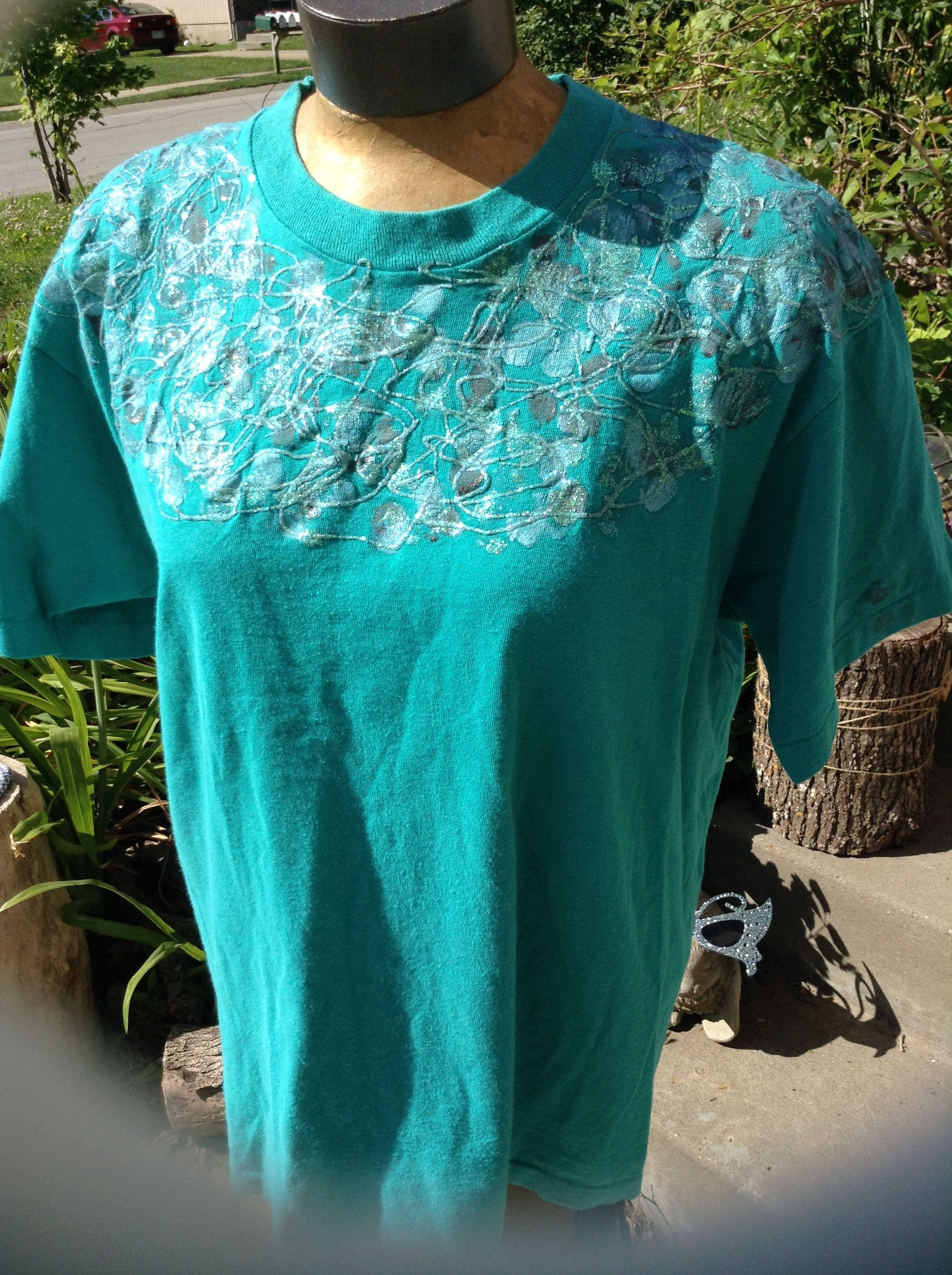 Puffy paint designs - Vintage 80s Kitschy Turquoise Tshirt With Puffy Paint Designs And Glitter One Size Fits All Free
