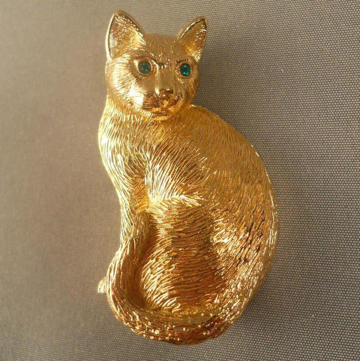 Polygon Cat Brooch