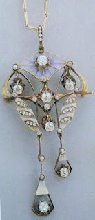 Marie Poutine's Jewels & Royals: lalique