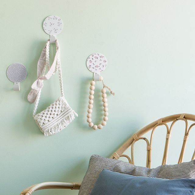 A soft corner with our liberty dots wall hooks.  .  #softdecor #nurserydecor #wallhook #babygirl #tresxics
