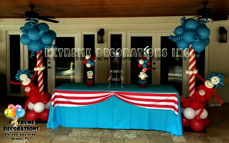 Thing 1 And Thing 2 Cake Table Dr Seuss Cat In The Hat Extreme