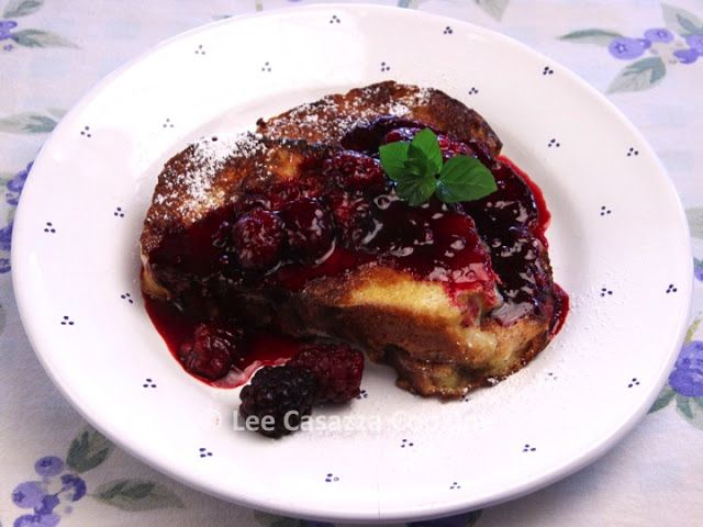 Izetta's Southern Cooking: FRENCH TOAST WITH BOYSENBERRY, CASSIS, & MAPLE SYR...