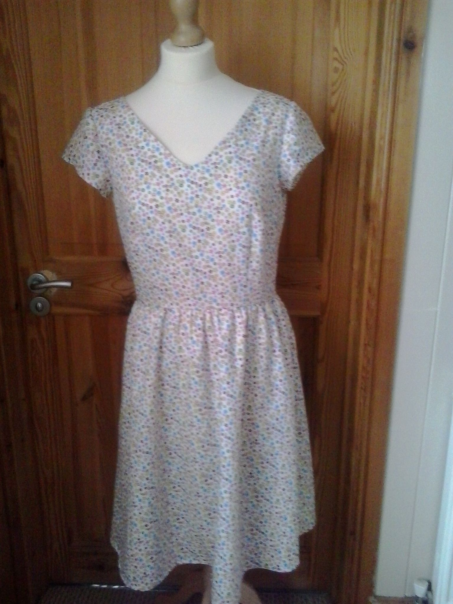 one off hand made size 10 dress by Designsby Bonnie £22.