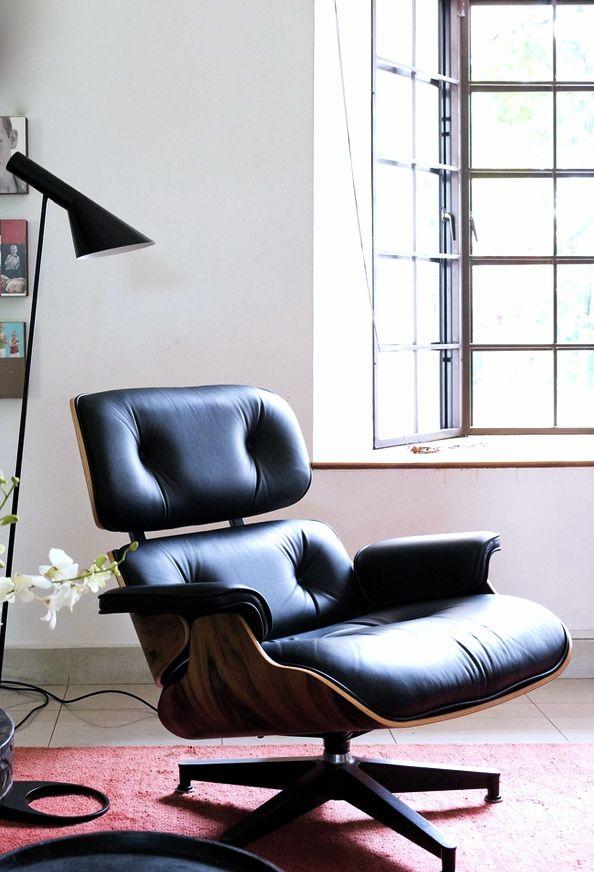 Eames Stoel Lounge.Via Rue Mag Eames Lounge Chair Aj Floor Lamp