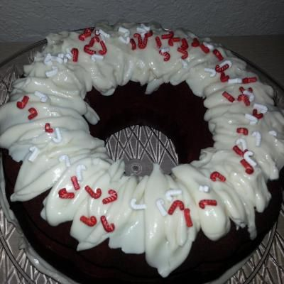Rum Cakes By Mari Offers Professional Catering Services For Weddings Events Parties And More They Have Caterers Who Specialize In Ru Rum Cake Catering Cake