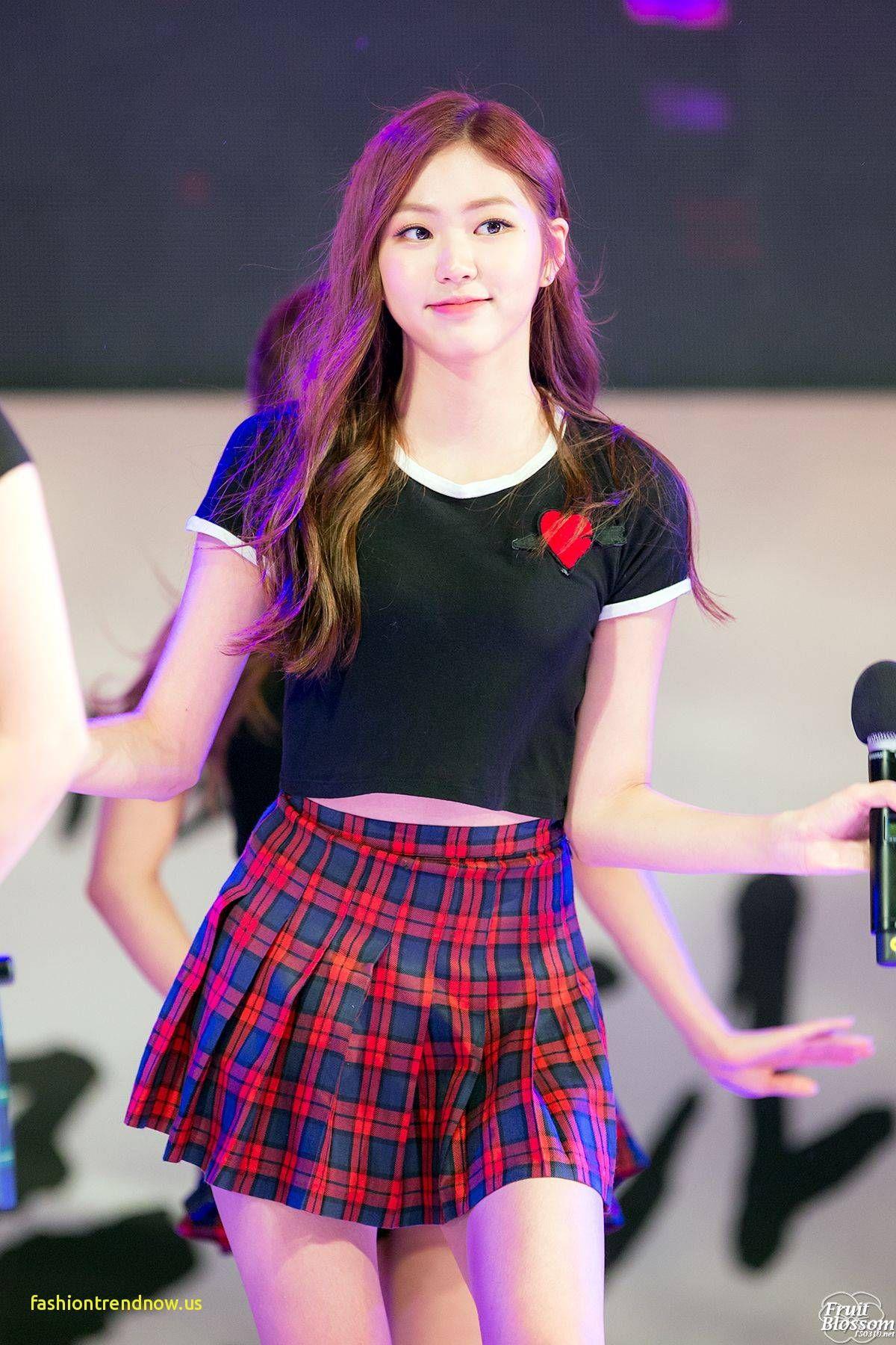Eunbin From Reddit Pinterest Pretty Korean Girls Kpop Girls Kpop Outfits