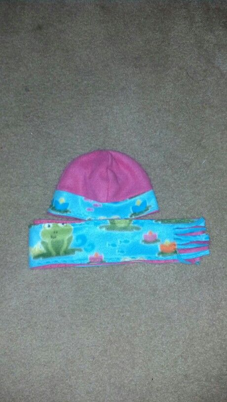 Reversible hat and scarf fleece set. I made for my grand daughter.