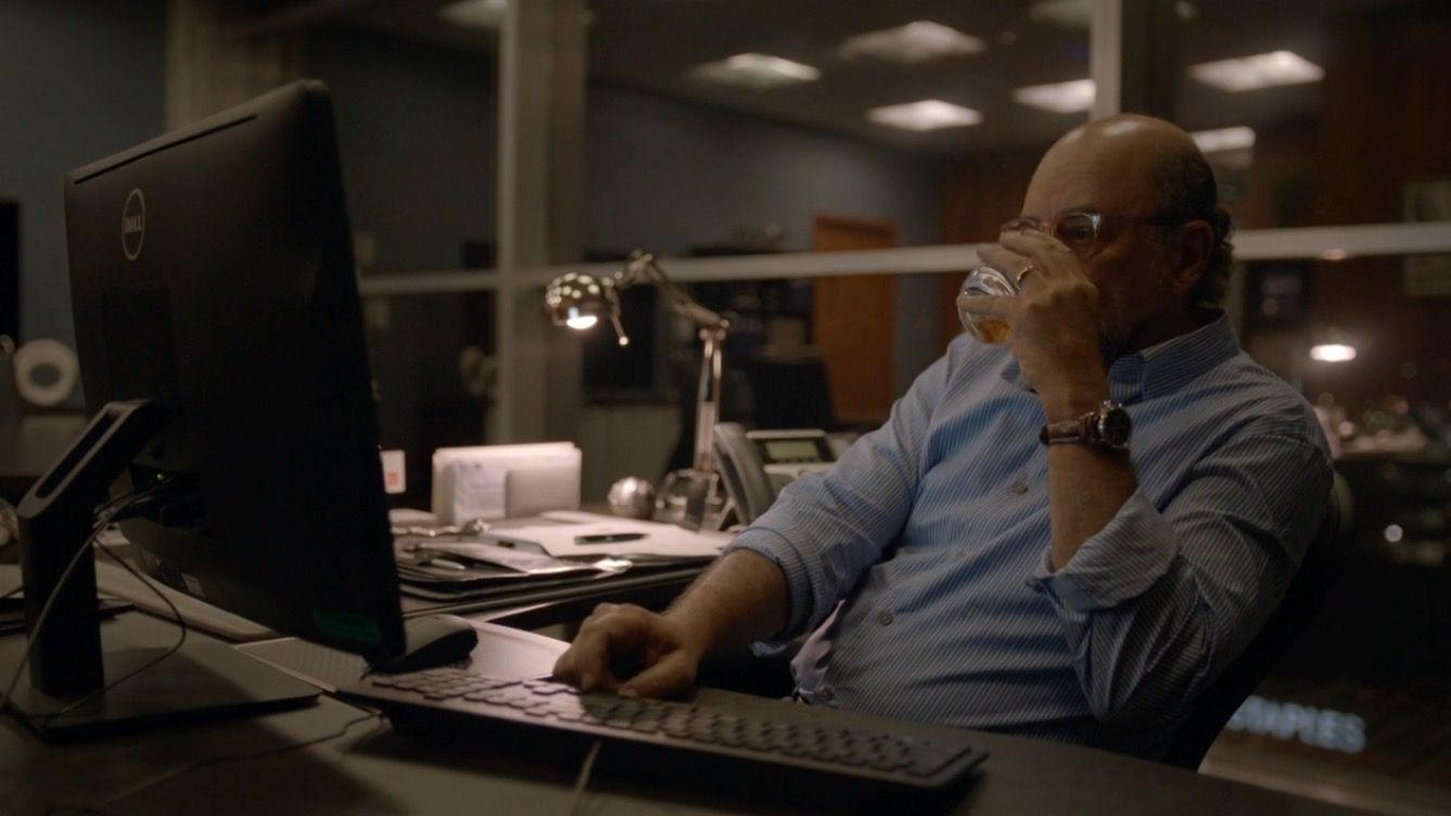 Dell monitor used by Richard Schiff in BALLERS: ENDS (9) @dell