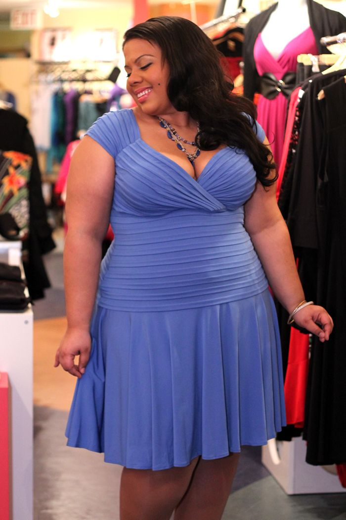 dress Big beautiful real women with curves fashion accept your body ...