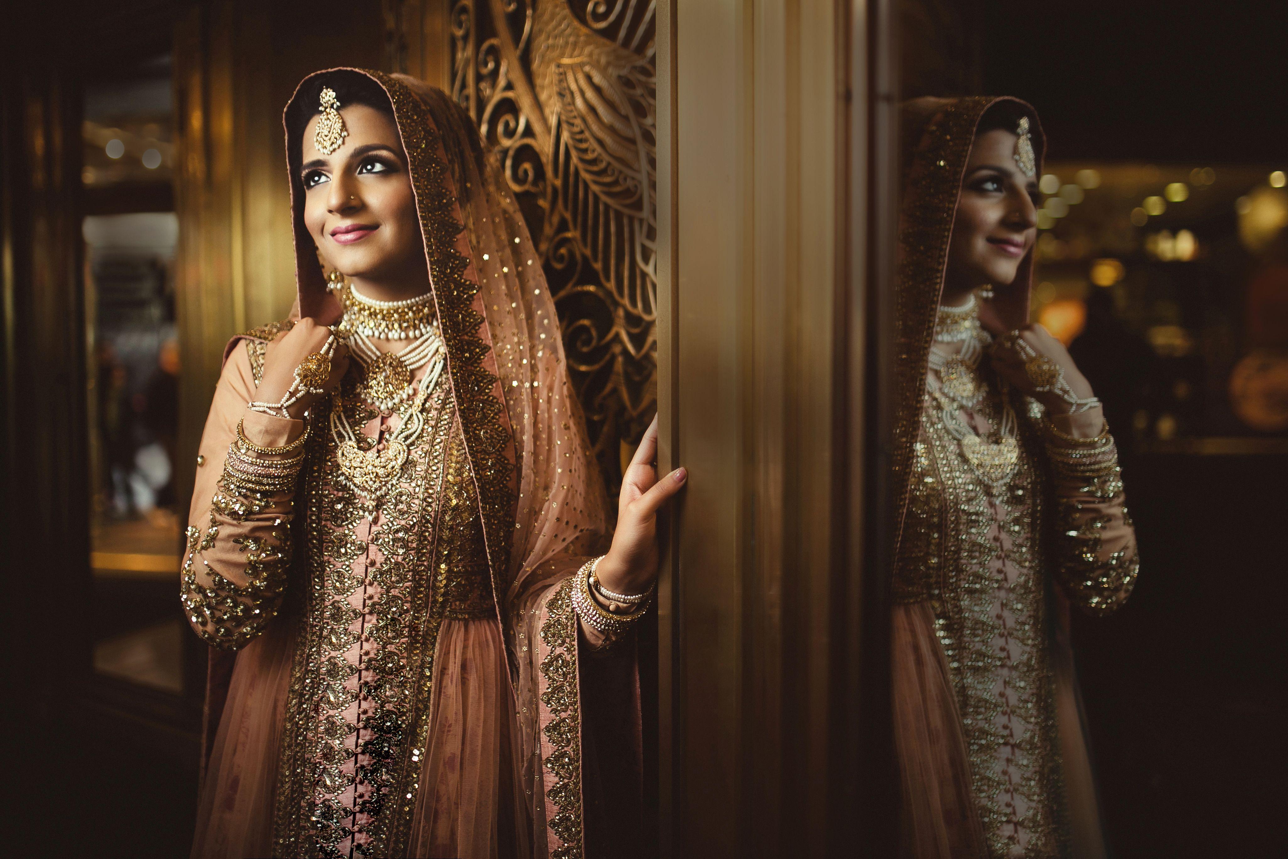 Hindu wedding dress  Bride Portrait Palmer House Hilton chicago Hindu Bride portrait
