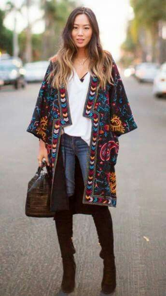 9d5a57cde Kimono and Over The Knee Boots | boho chic | Fashion, Kimono fashion ...