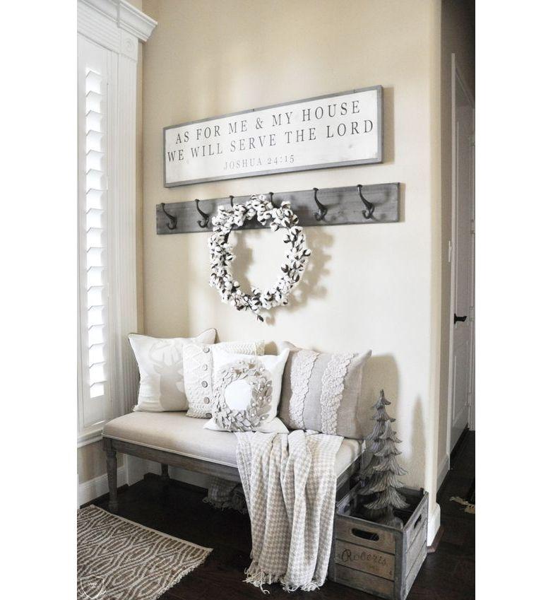 Cozy House Entryway: Cozy Entryway With Cotton Wreath