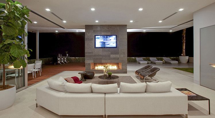 House in beverly hills by mcclean design interiors and for Casa minimalista harborview hills